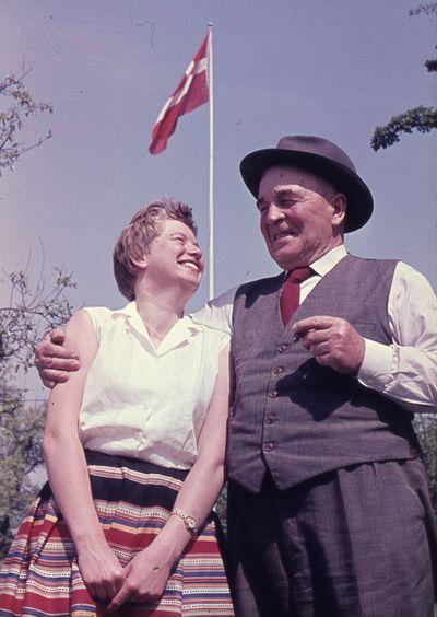 199  Hanne Engegård og Far