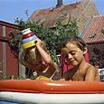 176 Bodil og Susanne