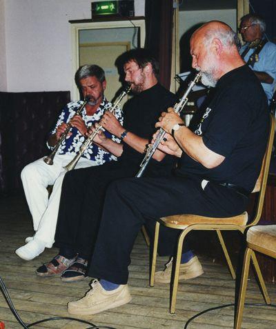 3 metal klarinets 16