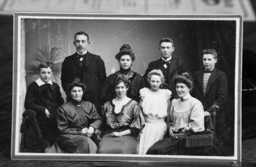 528 9 Skovgård børn - Gunnar-Poul-Astrid-Hans Olaf-Jochum og Kathrine-Agnethe-Bodil-Valborg
