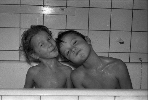 028  Bodil og Niels i bad