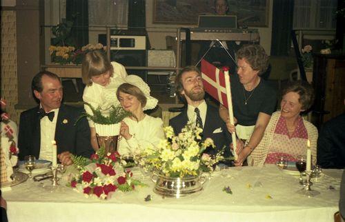411 Karna og Oles bryllup