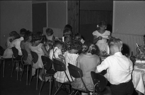 053 Børnebordet ved guldbrylluppet